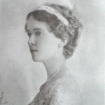 Kathleen Riordon, Lady Crompton